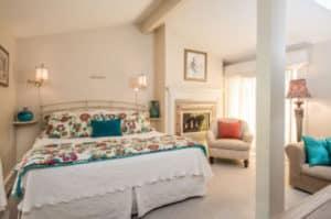 Russells Hideaway bedroom
